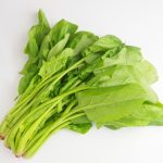 ほうれん草は生食できる?サラダで食べるとシュウ酸が危険?